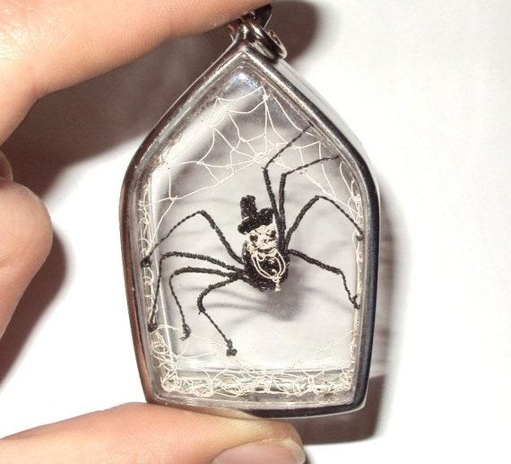 Spider in a web wire sculpture pendant