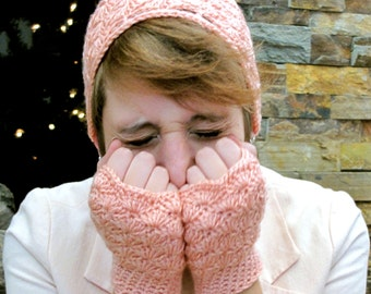 SALE Vintage Pink Fingerless Gloves and Matching Shell Beanie Set