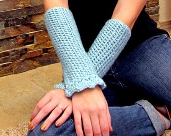 SALE Seafoam Green Scalloped and Ribbed Arm Warmers