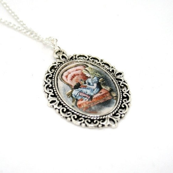 Alice In Wonderland and Dinah Cameo Necklace