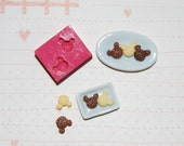 1/12 scale Mickey mouse shaped cookie 6 Mold/Mould for Resin, Polymer clay & Air dry Clay 0,8 cm x 0,7 cm (Ref. 120)