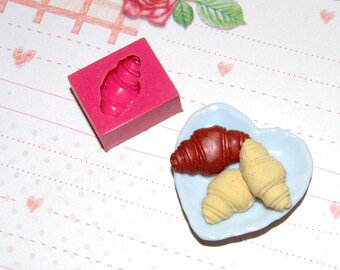 Pastry3 croissant Mold/Mould for Resin, Polymer clay & Air dry Clay 2 cm x 1,1 cm (Ref. 289)