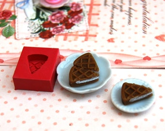 1/12 scale mini cake waffle bottom Mold/Mould for Resin, Polymer clay & Air dry Clay 1,1  cm x 1,4 cm