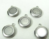 Small Round Heavy Sterling Plated Locket with recess