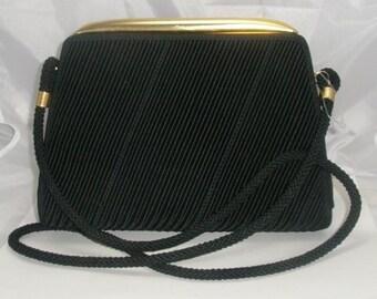 Vintage De Vecchi By Hamilton Hodge Shoulderbag/Clutch  Made in Italy