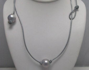 Solitaire Genuine Silver Pearl on Leather Beach Necklace