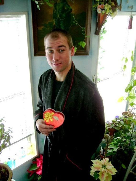 Vintage 60s smoking jacket robe kimono satin like large roytex oriental design playboy