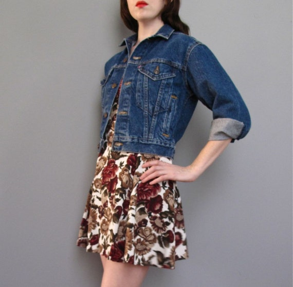 RESERVED for shagballl vintage LEVI'S cropped denim jacket XS S