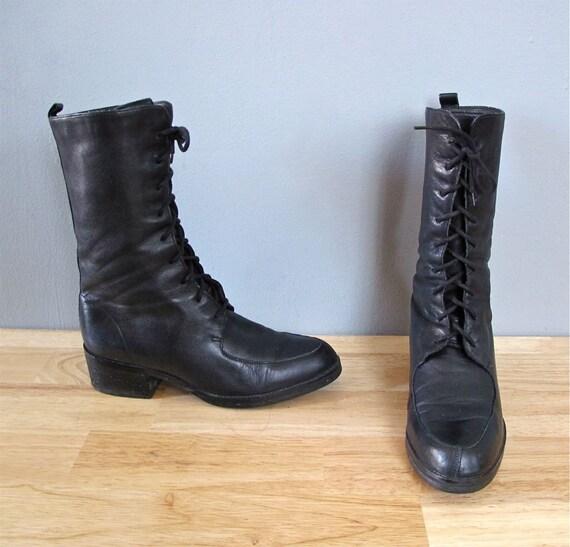 vintage BLACK lace up boots 6