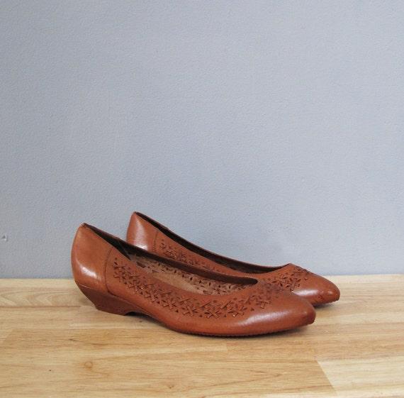 vintage brown WOVEN low heels 10