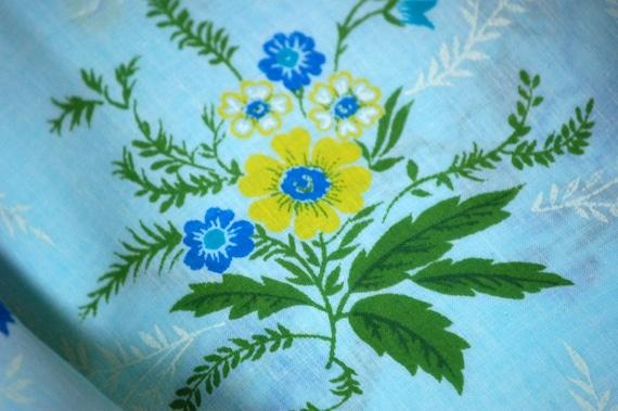 Spring Blue Vintage Floral Print Fabric 104 inch length