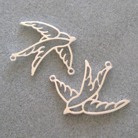 Bright Silver Plated Filigree Swallow Bird Pendant Connectors 539