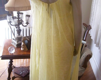 SUMMER Lemon Aid Vintage 50s 60s Lace and Chiffon Colored Gown Empire Cut