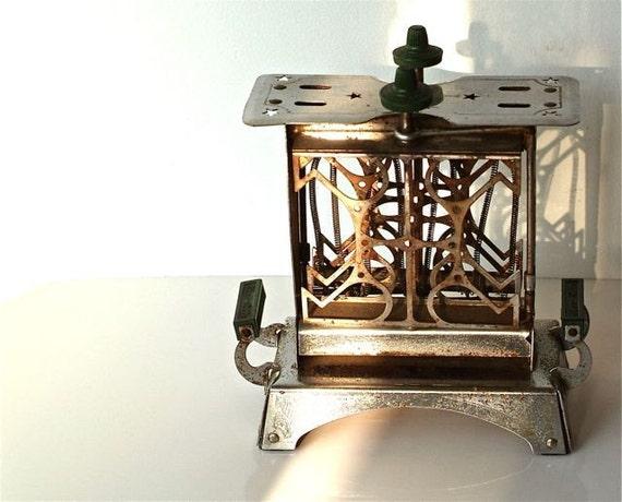 1920s Star Rite Reversible Toaster