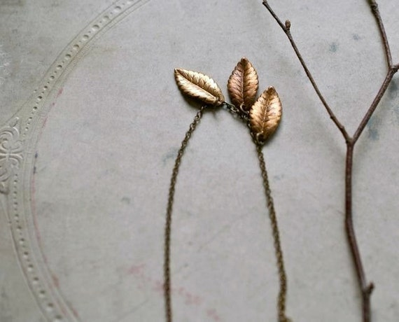 Three Leaves Necklace, Vintage Style Jewelry