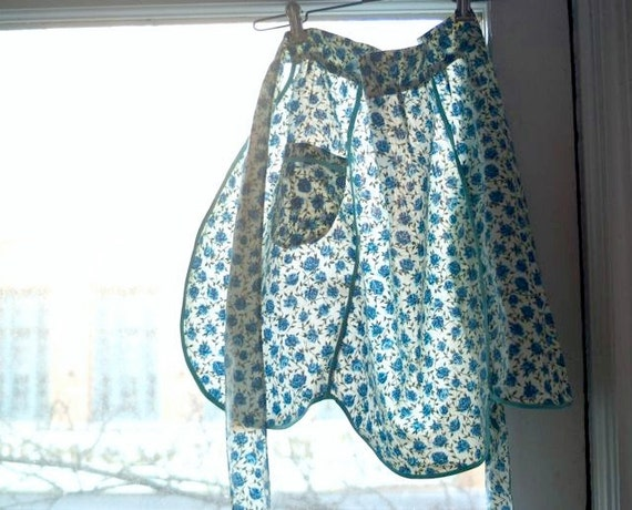 Vintage Handmade Blue Flowered Apron