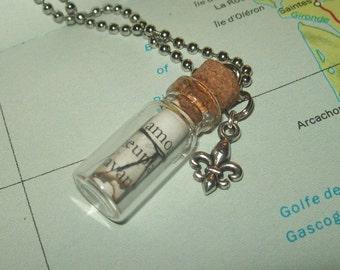Mini Glass Bottle Pendant - Message in a Bottle - Fleur De Lis - Amour - 138