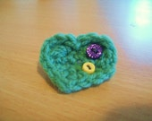 Green Vegan Love Heart Brooch