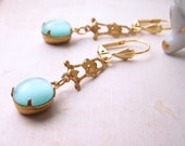 spring jewelry Aqua mint earrings with vintage glass stones