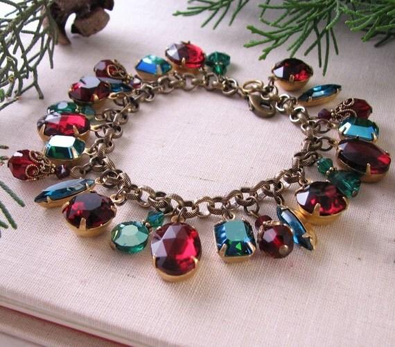CHRISTMAS charm bracelet vintage rhinestones