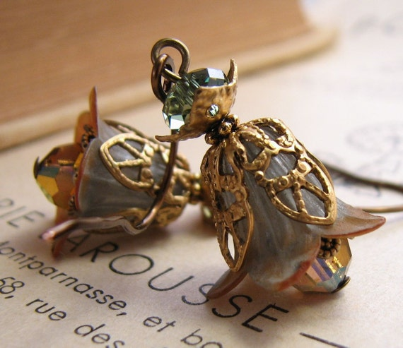 Woodland autumn Nature Inspired green brown Flower earrings crystal filigree