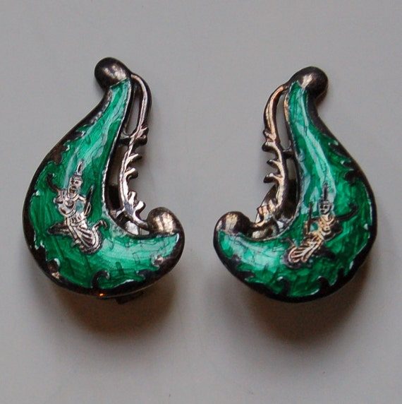 Vintage Siam Earrings Silver and Green With Dancers Marked Sterling Unused Thailand
