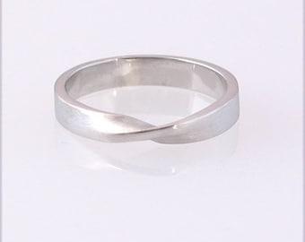 Palladium Mobius Ring, size 3-6.75