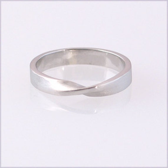 Palladium Mobius Ring, size 3-6.75
