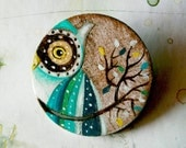 Green owl hand painted brooch