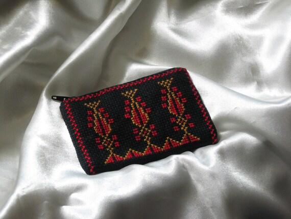 Embroided cross-stitch purse with Palestinian motifs -- 2