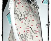 Little notions zipper pouch whit 4 stitch markers ladybug