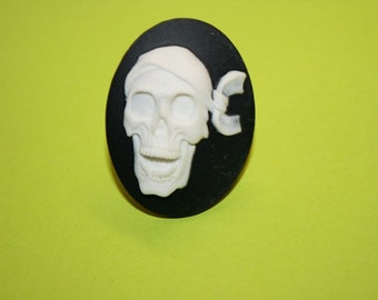 Large White Pirate Skull Cameo Ring