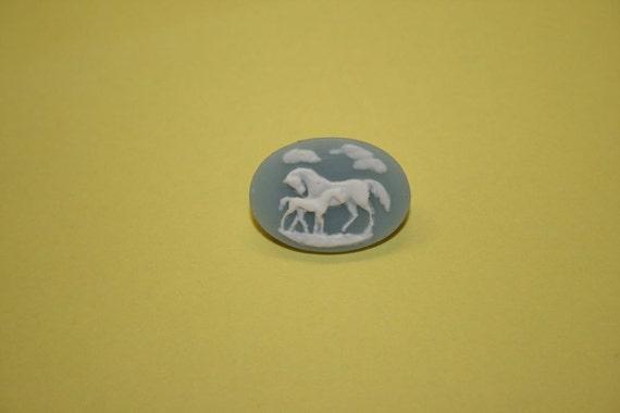 MEDIUM BLUE TWO HORSES CAMEO BROOCH