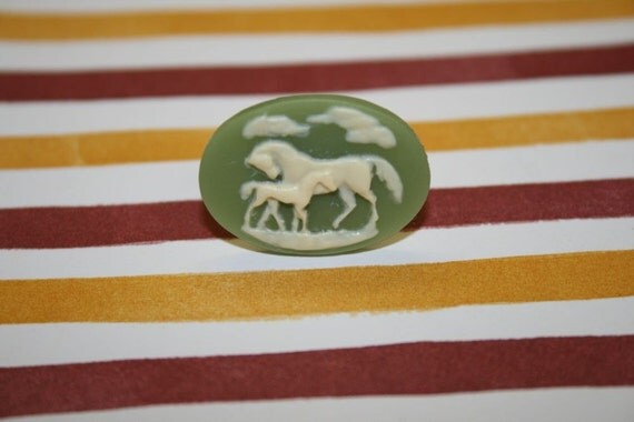 SALE ITEM...Medium Green Two Horses Cameo Ring