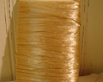 Oatmeal Raffia Ribbon - Pearlized  - 10 Yards