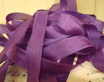 20 Yards Vintage Seam Binding - Royal Purple