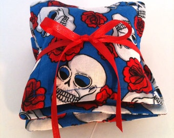 Not Your Grandmothers Dried  Rose Petal Sachet Skulls and  Roses  Organic Clearance