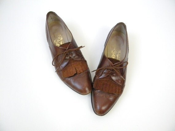 Vintage Ferragamo Dark Brown Fringe Spectator Oxfords Size 5.5
