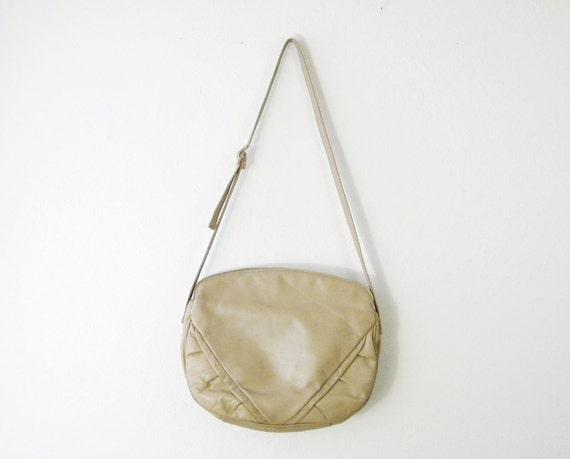 Vintage 1970s Latte Shoulder Bag