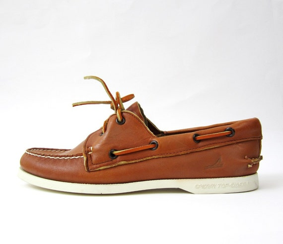 PRICE REDUCED - Vintage Tan Sperry Top Sider Boat Shoes Size 8.5-9N