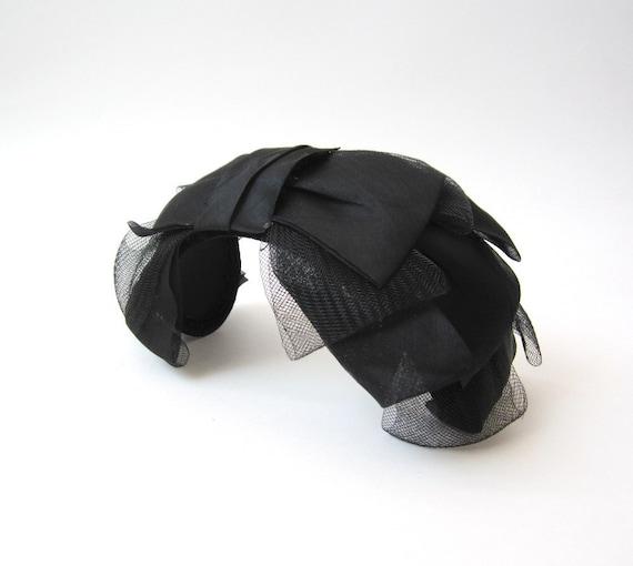 Vintage 1950s Black Bow Tie Headband Hat