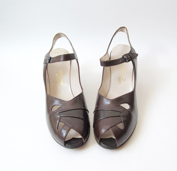 1940's Dark Brown Mary Janes Heels Size 9N