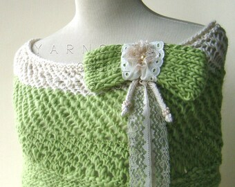 The Pearls And Lace Capelet in Spring Green and Cream