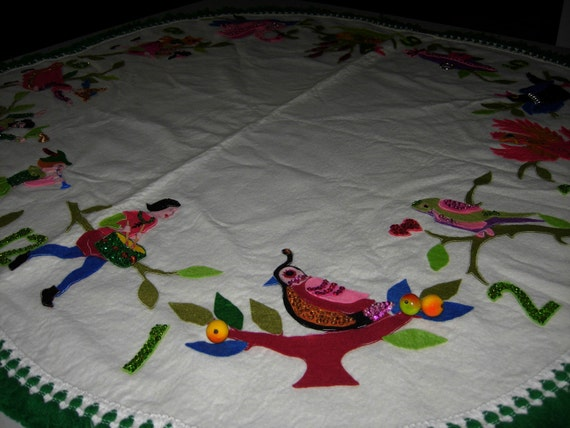 Vintage Felt 12 Days Of Christmas Tablecloth Or Tree Skirt