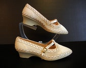 1960s shoes / Mesh Vintage 60's T Strap Mary Jane Shoes Wedge Heels