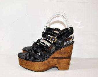 70s Platform shoes /  Vintage Shoes / 1970s Black Wood Monster Platform Wedge