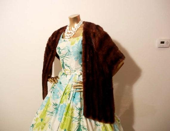 1950s stole / Vintage 50's Glamorous Fur Shawl Cape Capelet Elegant Draping