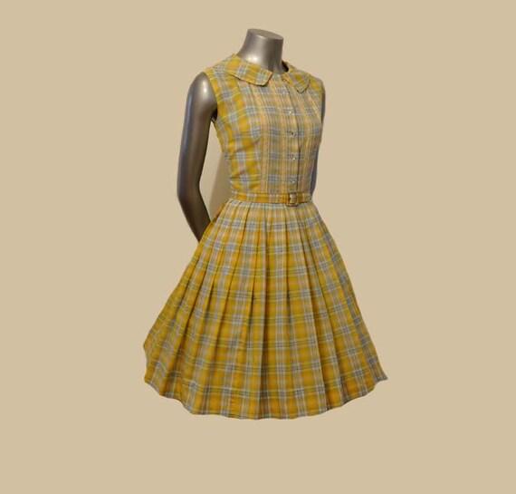 1950s dress / Vintage 50's Full Skirt Pleated Dress Girl Next Door