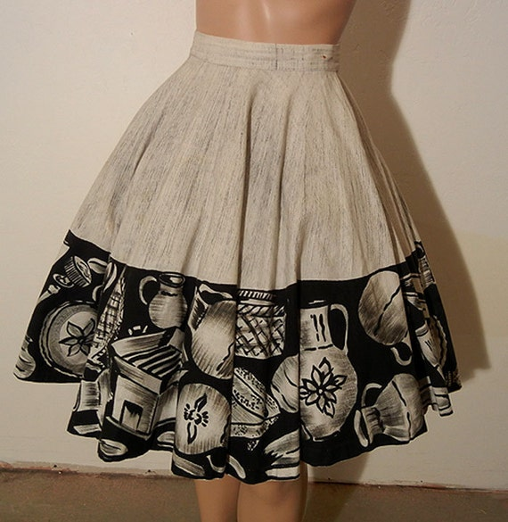 1950s circle skirt / Vintage 50's Mexican Pottery Novelty Print Full Circle Skirt