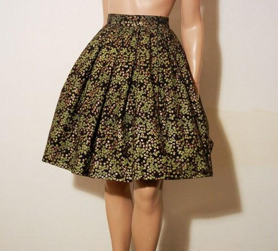 1950s skirt / Green and Black Handscreened Vintage 50's Full Party Skirt